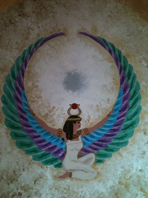 Love this representation of Queen of the Egpytian Goddess Ma'at Goddess of truth, justice, morality and balance.