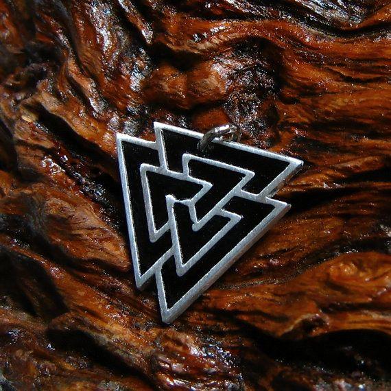 -Valknut-  height: 30 mm width: 28 mm Materials: Tin \Silver ( ! Lead-free \Nickel-Free ! )