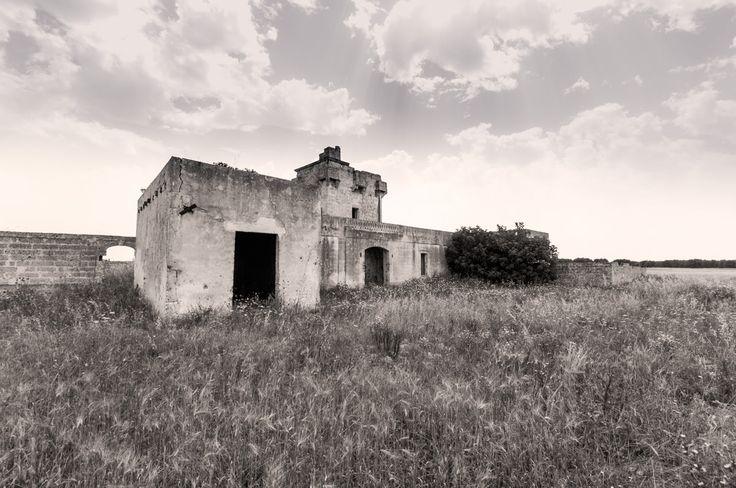 Foto del giorno: #Masseria abbandonata by Enrico G. Agostoni. Storia, cultura e agricoltura in un click