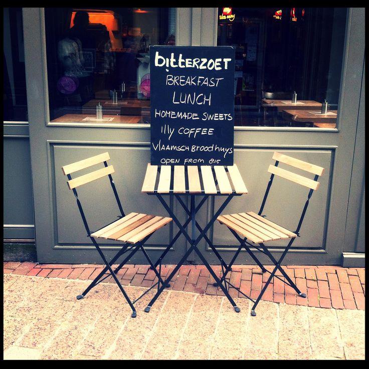 Bitterzoet aan het fonteinpleintje de ideale plek om je dag te beginnen met een heerlijke espresso. #Denbosch #ontbijt #lunch #koffie