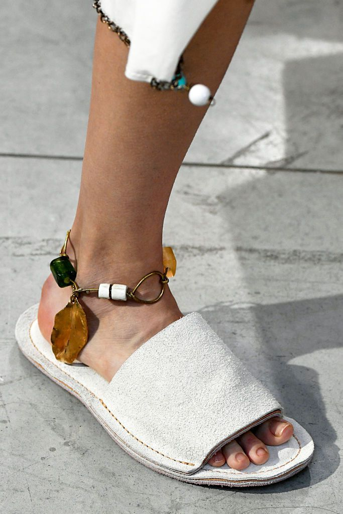 The Chicest Accessories from the Spring Summer 2019 Catwalks  2850b49d52