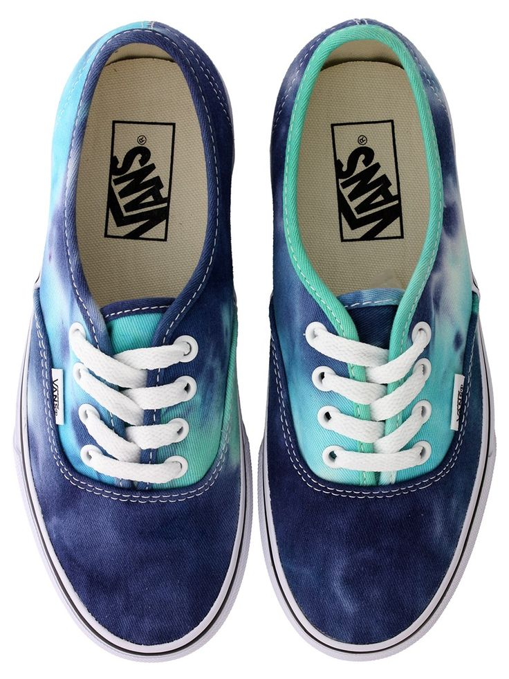 Vans Authentic Baskets Effet Tie-Dye Bleu Marine disponible sur: http://