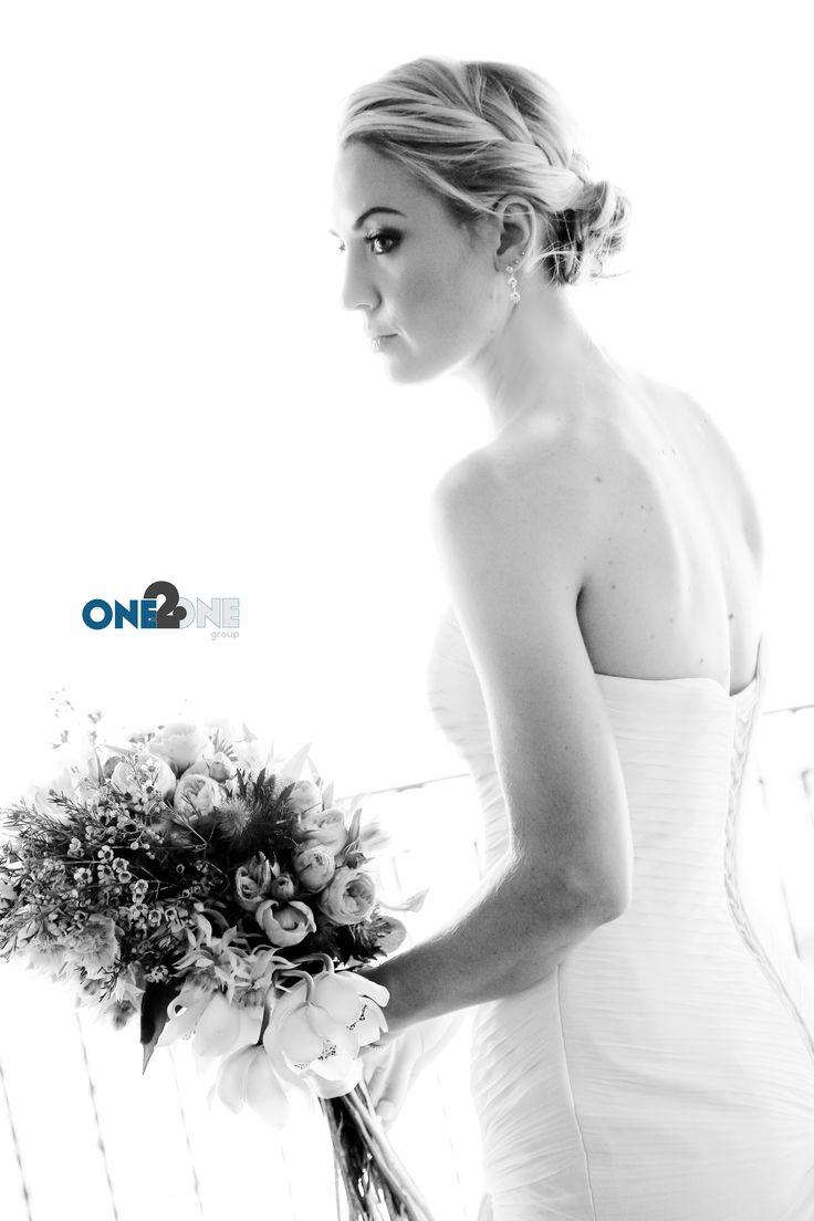 #WeddingPhotography by #one2onegroup - #b&wphotos #bride #wedding #flowers #weddingpics