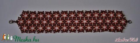 Karikázó karkötő barna és lazac színben (AmbrusValeria) - Meska.hu