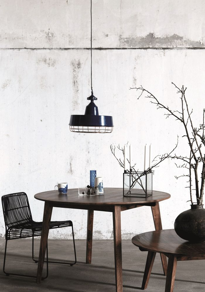 Gasby pendant light (blue) from www.bodieandfou.com