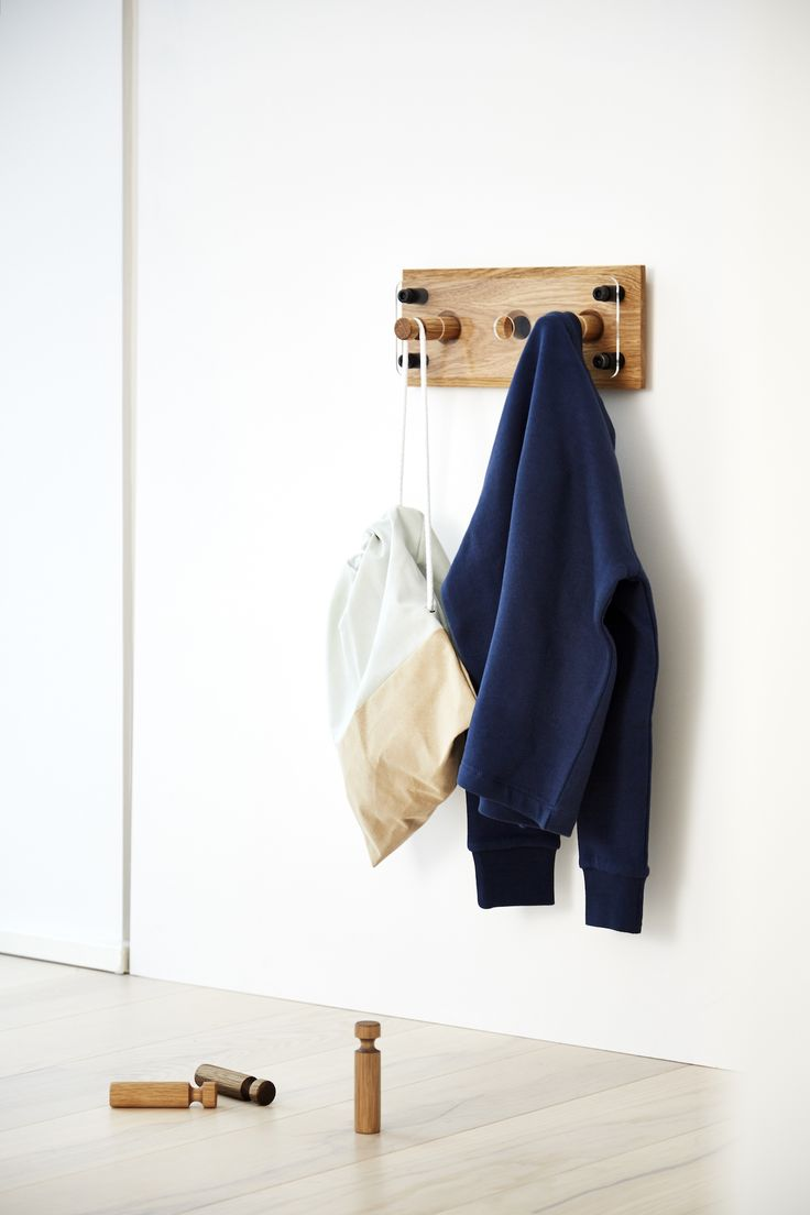 Moodboard 1X3 Oak - Magnetic Hanger System - Kids Interior Furniture Design
