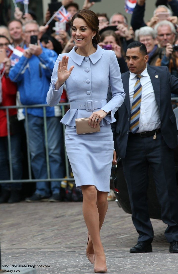 hrhduchesskate:  Visit to the Netherlands, October 11, 2016-The Duchess of Cambridge made her first solo visit abroad to the Netherlands for a day of engagements, including lunch with King Willem-Alexander, a visit to the Mauritshuis, a meeting with mental health advocates, and a stop at a maker fair