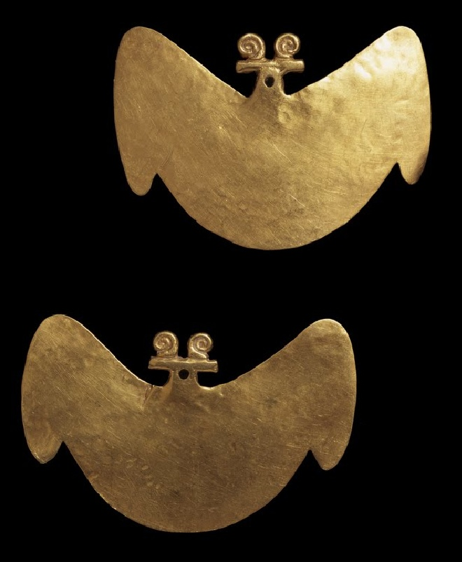 Earring pendants in the shape of a bat, mid-Magdalena Valley(Tolima), 1-700 A.D.