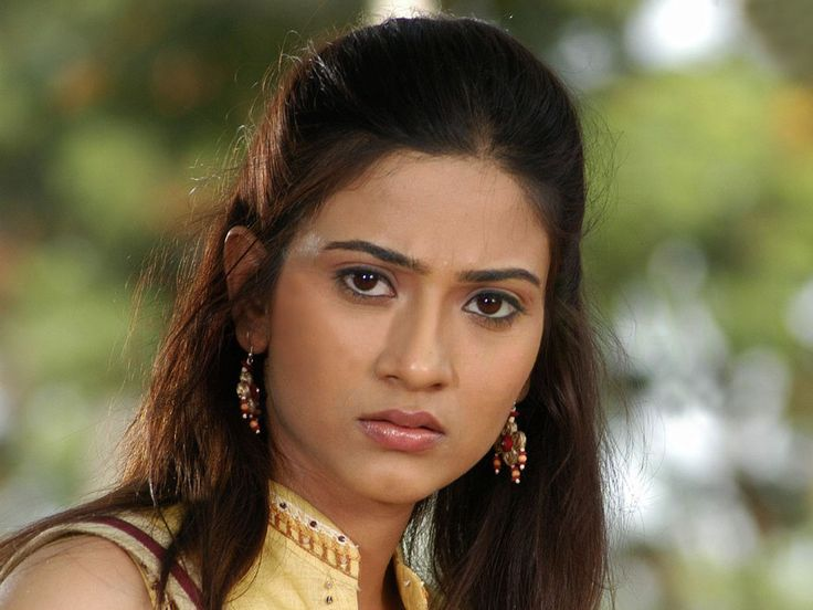 Aditi Sharma HD Images, Wallpapers And Pictures