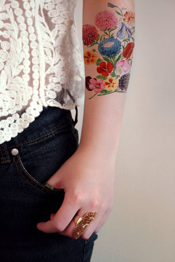 Pretty vintage floral temporary tattoo by Tattoorary on Etsy