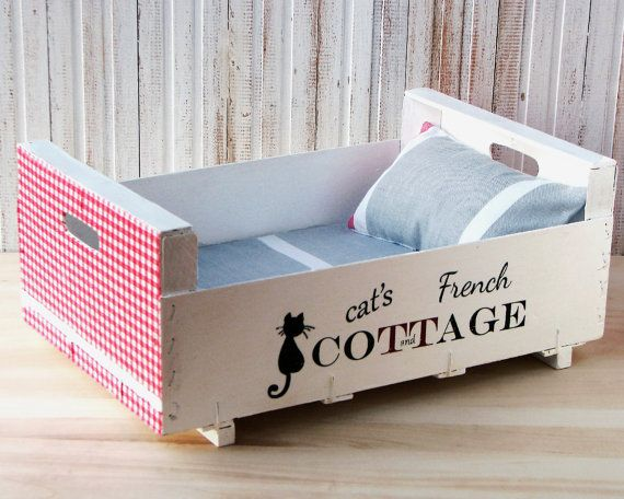 Any pretty kitty would say oui to this French-inspired bed. $41, tandtatelier.etsy.com/p>  - GoodHousekeeping.com
