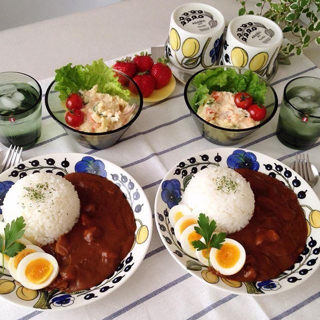 myc106❁ おはようございます☺︎ 今日はカレーでbranch♪ お肉と玉ねぎだけのシンプルカレーハチミツたっぷり甘辛カレーです芋と人参はポテトサラダにしました☺︎ 今日は寒いけどいいお天気☀️午後からお出かけで〜す 皆さん素敵な休日を•*¨*•.¸¸♬ コメントお休みします いつもありがとうございます #朝ごはん#朝食#昼ごはん#昼食#おうちごはん#おうちカフェ#カレー#カレーライス#ポテサラ#ポテトサラダ#イッタラ#カルティオ#アラビア#パラティッシ#イエパラ#北欧#北欧食器#クチポール#イイホシユミコ#instapic#instafood#foodpic#food#yummy#breakfast#lunch#brunch#iitara#curry#curryrise