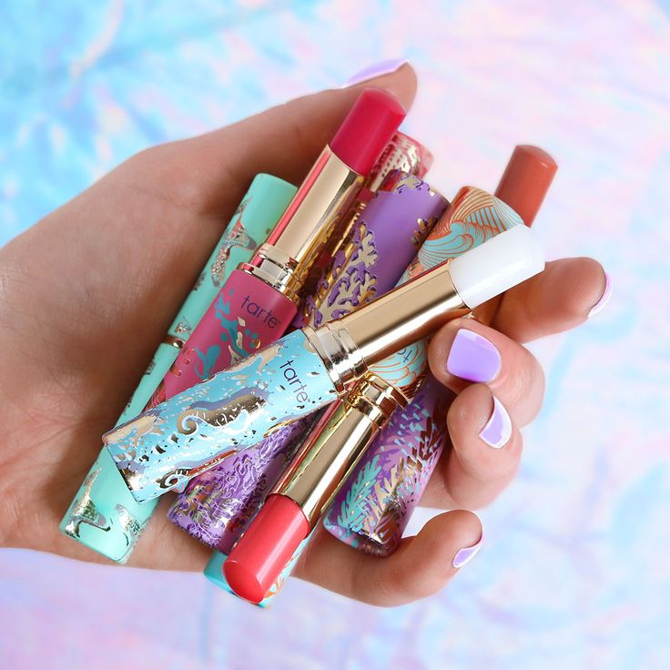 Prep your pout for summer keeping it hydrated and protected with our 4 NEW Rainforest of the Sea quench lip rescue shades!  #rethinknatural #naturalartistry #tarteunderthesea #vegan