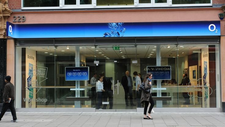 BT confirms it's in talks to buy back O2, but could also purchase EE | BT has entered talks to buy the O2 mobile network from Telefonica, as well as considering purchasing EE. Buying advice from the leading technology site
