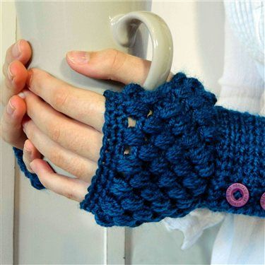Beautiful free crochet mitts pattern. The puff stitch should make them really comfy.  Puff Stitch Fingerless Gloves by Lady Vintage95- Crochet Me