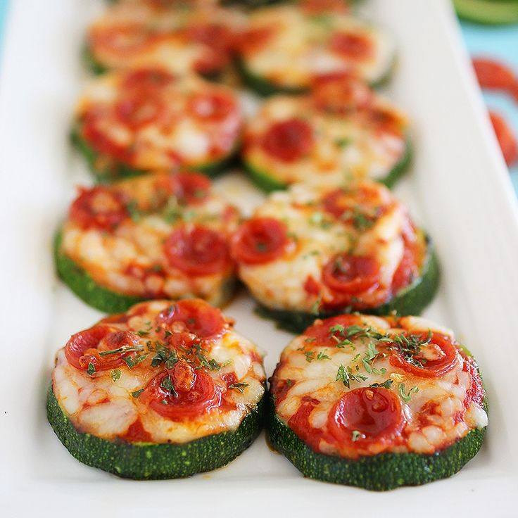 Zucchini Pizza Bites - carb-less pizza apps! a great way to use large zucchini.