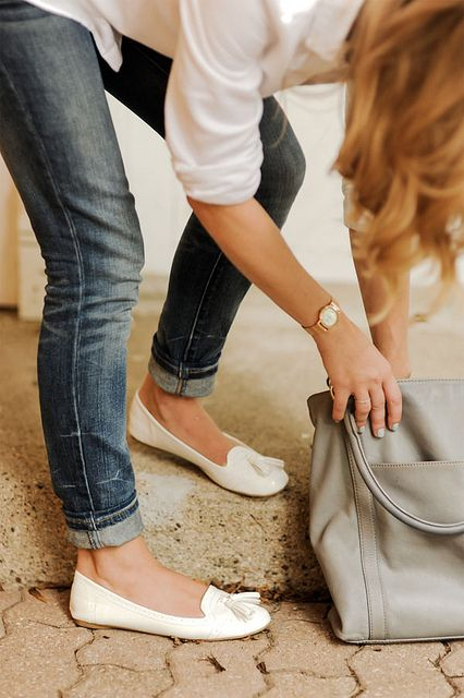 ✕ Skinny jeans & ballet flats. by {this is glamorous}, via Flickr / #classic #style #casual #chicWhite Shoes, Fashion, White Flats, Skinny Jeans, Style, White Shirts, Outfit, Ballet Flats, Cuffed Jeans