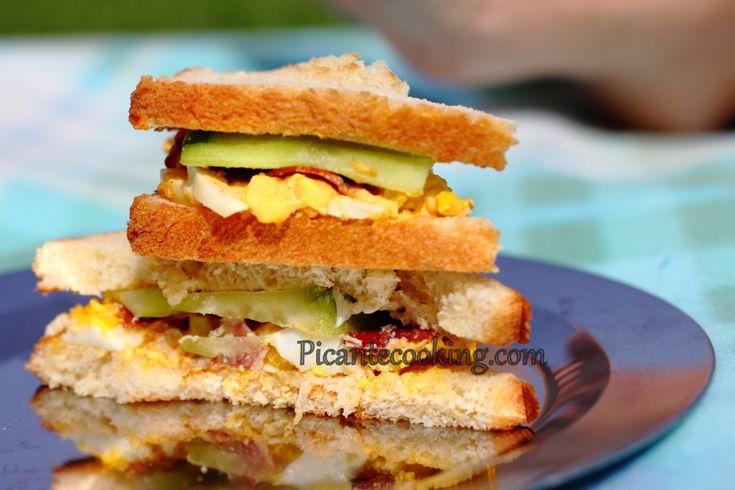 Яичные сэндвичи для пикника или к завтраку