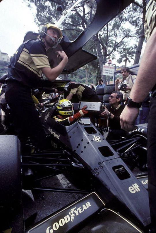 Ayrton Senna da Silva (BRA) (John Player Special Team Lotus), Lotus 97T - Renault Gordini EF15B 1.5 V6 (t/c) (RET) 1985 Monaco Grand Prix, Circuit de Monaco