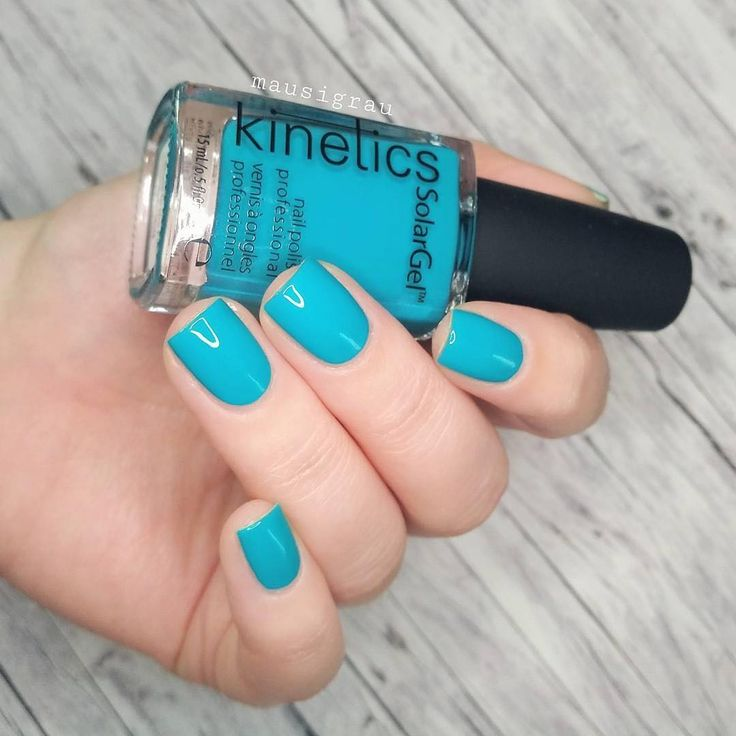 Attention! There's Shark in the Pool // 🦈🌊 #KineticsNails #KineticsBeauty #KineticsEscape #shark #manicure #maniinsta