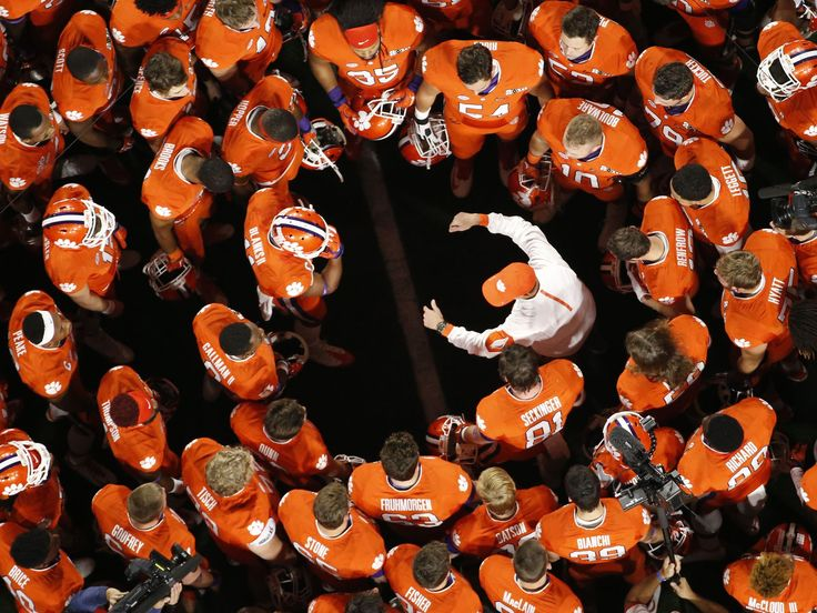 Clemson's head coach Dabo Swinney coaches his team during first quarter of the college football championship game in Glendale, Ariz. Michael Chow, The Arizona Republic