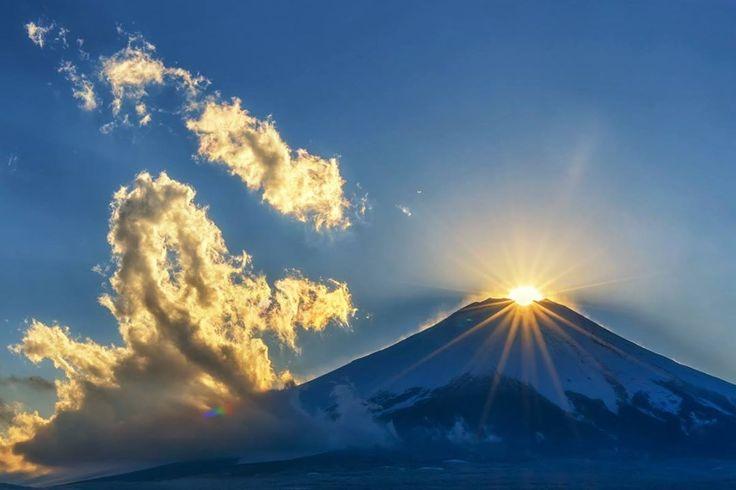 雲を染めるダイヤモンド富士:山中湖にて そう言えば出し忘れていました…(^^;)