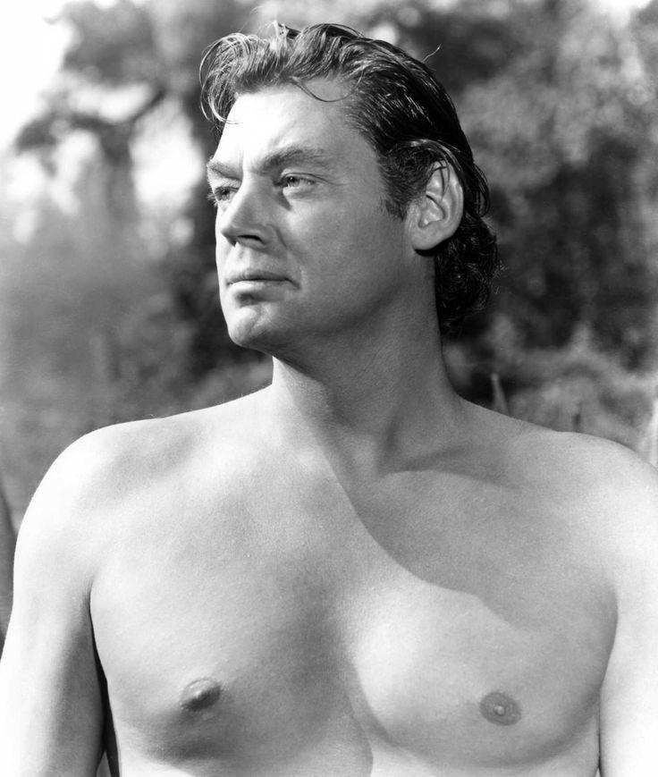 johnny weissmuller ( 1904 - 1984 ). È stato uno dei nuotatori più forti della storia e probabilmente il più forte negli anni venti; vincitore di 6 medaglie olimpiche di cui 5 ori olimpici, 52 titoli nazionali statunitensi e con 67 record mondiali stabiliti in carriera. Abbandonato l'agonismo, passò al cinema e divenne celebre nel ruolo di Tarzan ( Wikipedia )
