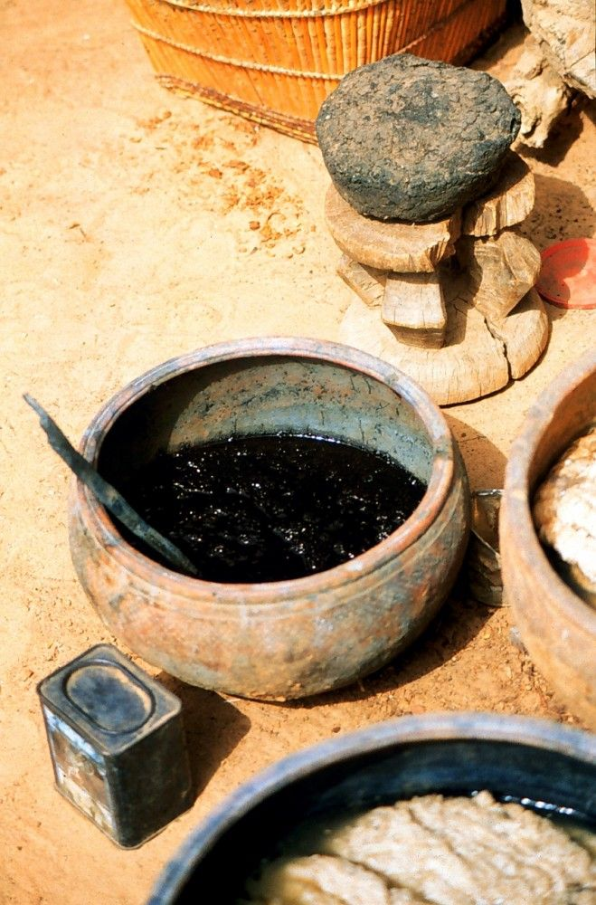 Materials and equipment for dyeing with indigo, Mali. Photo by Rachel Hoffman.