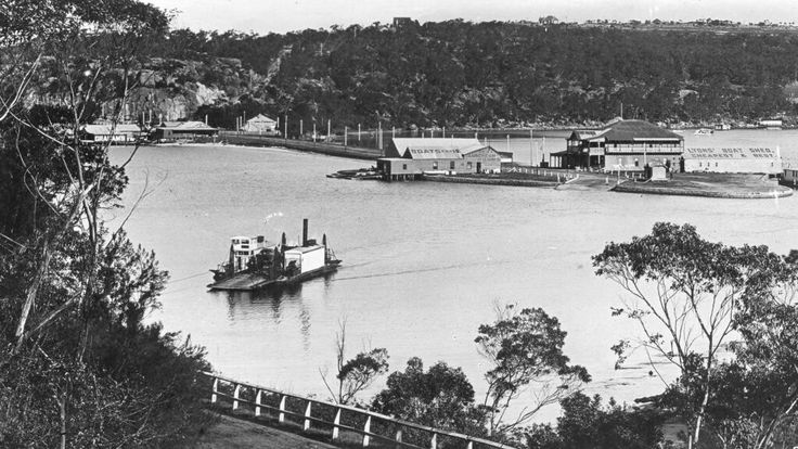 The Spit punt in 1907.