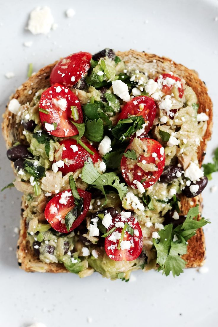 Healthy high-protein avocado tuna salad sandwiches with fiber-rich black beans…