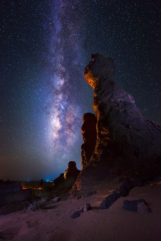 night with the Milky Way by Nasser  AlOthman on 500px-SR