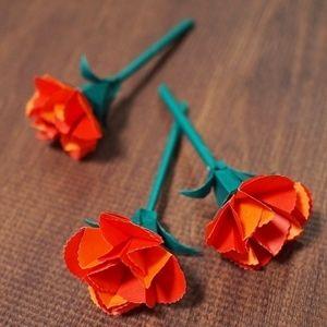 折り紙で母の日カーネーション【中級】立体リアル風☆花・葉・くき・がくを作って、ミニ花束に