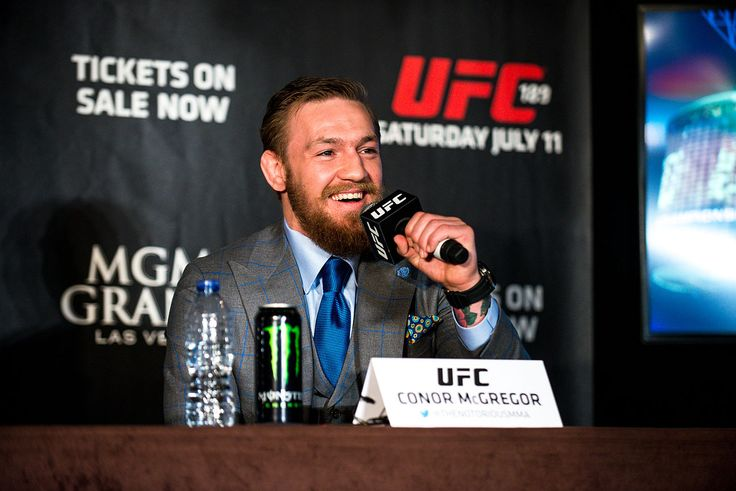 UFC News: Who is Conor McGregor's next opponent after Rafael dos Anjos injury? - http://www.sportsrageous.com/sports/ufc-news-who-is-conor-mcgregors-next-opponent-after-rafael-dos-anjos-injury/8883/