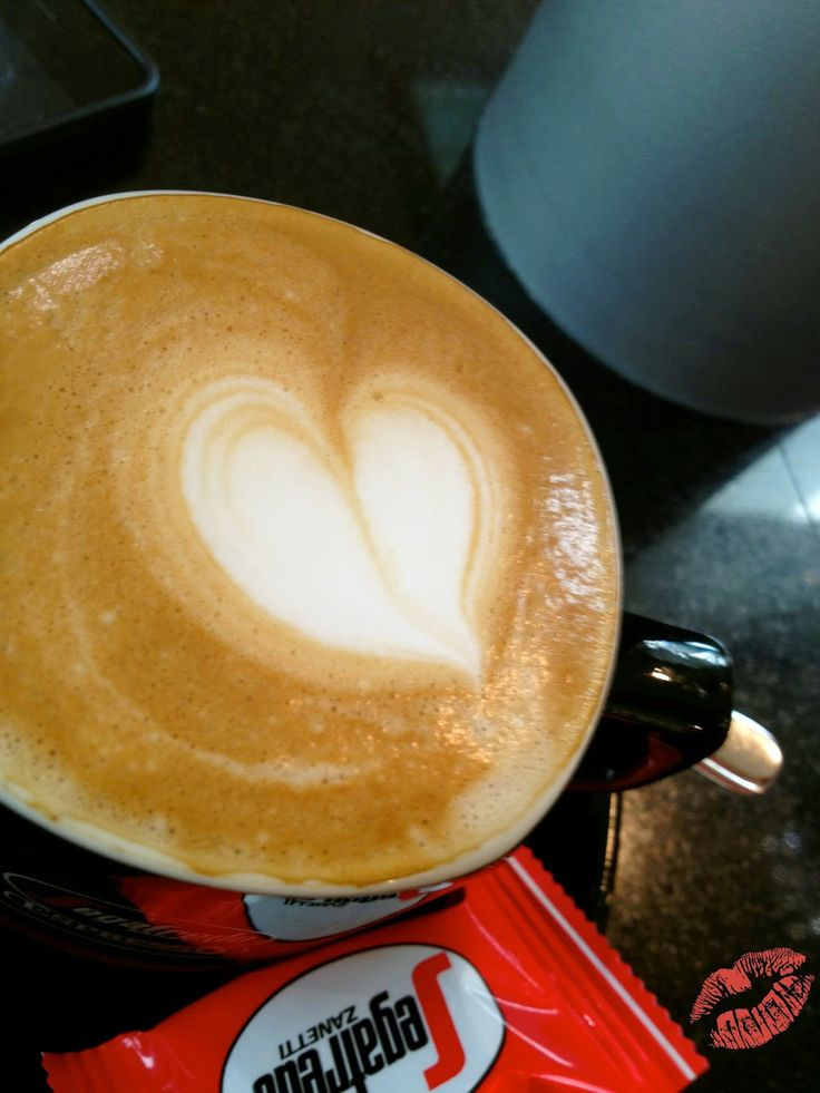 Ein schöner Morgen riecht nach Kaffe, ein schöner Nachmittag nach Vanilleeis und ein schöner Abend nach Ausgehen!