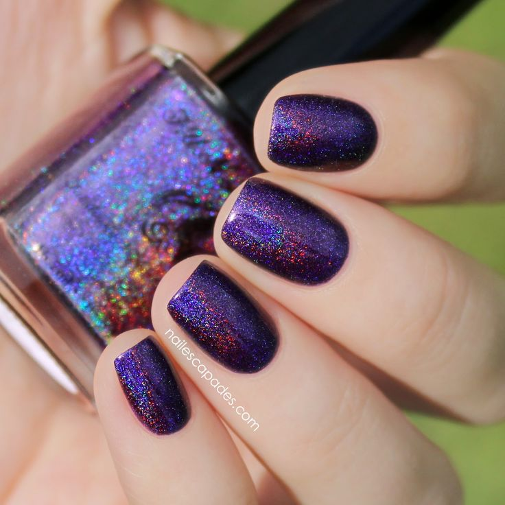 Evening Gown is a dark purple linear holo.