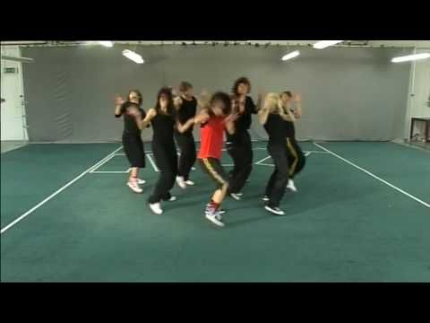 ▶ Thriller as choreographed by Chloe Bell for a Big brother House task in 2008. Great Halloween Dance - YouTube