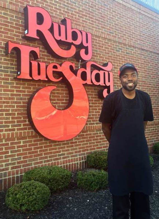 Since Kevan Finely didn't have a car, he had to walk 10 hours a day for a round trip 18-mile journey, 6 days a week. His new co-workers at the Ruby Tuesday's restaurant in Mentor, Ohio didn't find out about his strenuous trek until about three months after he had started working there.The workers started driving him home while they were secretly raising money through a Go Fund Me campaign to buy the 30-year-old cook a car. In just 17 days, the restaurant raised over $8,000 for the dedicated…
