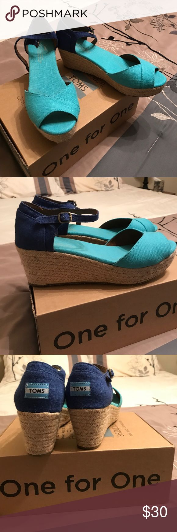 """Toms Wedge shoes Turquoise and Blue, 2-1/2"""" burlap wedges. Fit great, bought new, worn twice. Like new! Toms Shoes Wedges"""