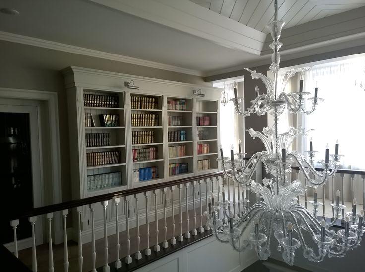 Traditional home interior. Bookcase