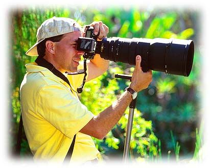 Ken Rockwell's website - all things photography for dummies.