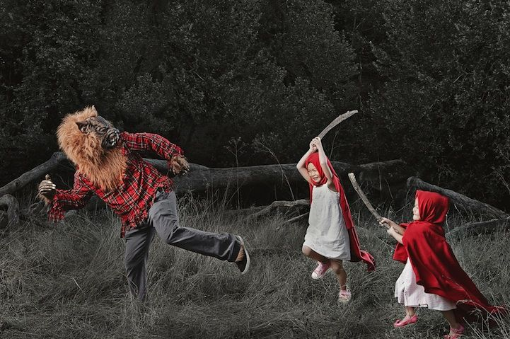A photo series full of amazing pictures of the photographers daughters. Simply loving these to bits.: Creative Dads, Little Red, Big Bad Wolf, Kids Photography, Jason Lee, Red Hood, Creative Kids, Red Riding Hoods, Families Portraits