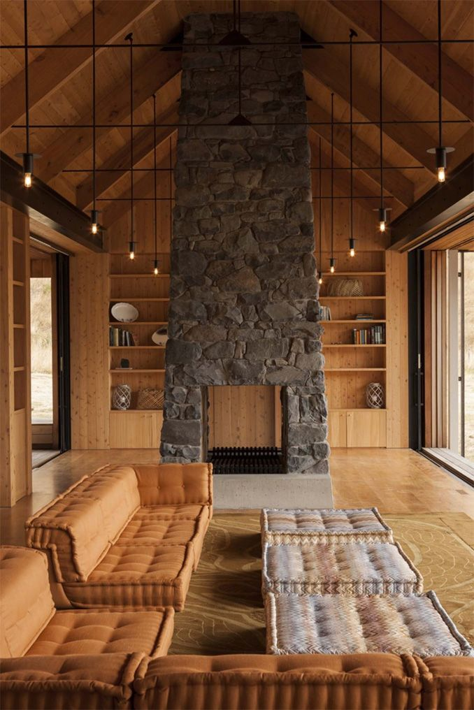 Scrubby Bay house by Patterson Associates Banks