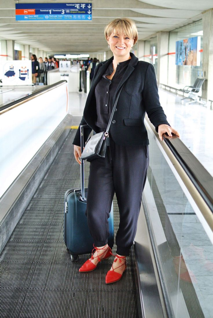 A great outfit for travelling in, it was comfortable and yet felt chic enough for our arrival in Paris. Midlifechic is a UK style blog for women over 40.