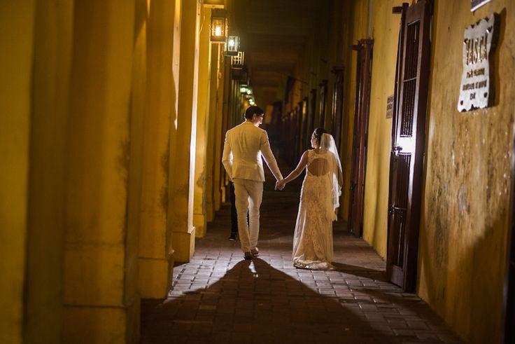 Wedding day photoshoot in Cartagena de Indias - Colombia #weddingdress #weddingphotographer #weddingday #weddinginspirtion