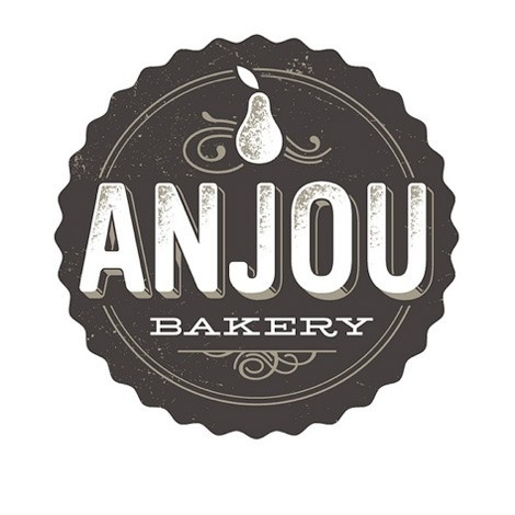 logo - beautifully simple monochromatic branding/seal