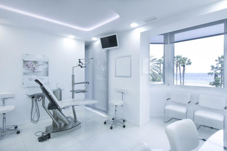 Clinica Dental Aviles y Roman en Malaga #malaga #clinicadental