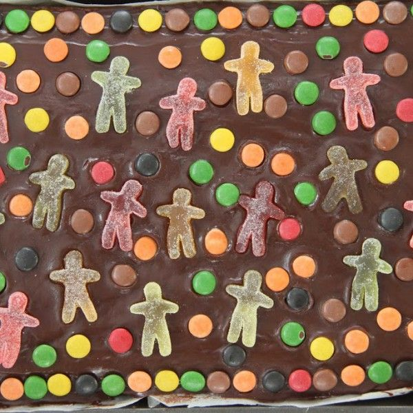 Langpanne sjokoladekake med glasur