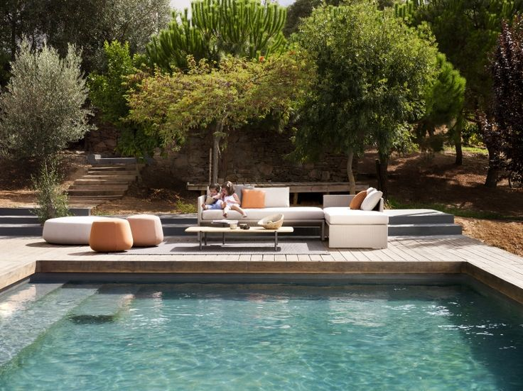 The thin geometrical lines, combined with the natural appearance of the Canax® weave by Tribù, transform this outdoor sofa into a timeless piece of furniture that fits in beautifully with a variety of different styles. www.marlanteak.com