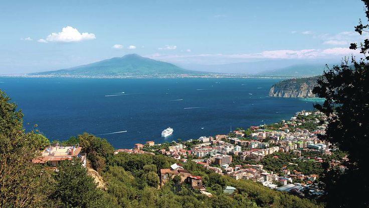 Mount Vesuvius, #Sorrento, Neapolitan Riviera