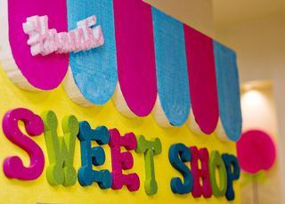 candy theme classroom decorations | Found on thefavormaker.typepad.com